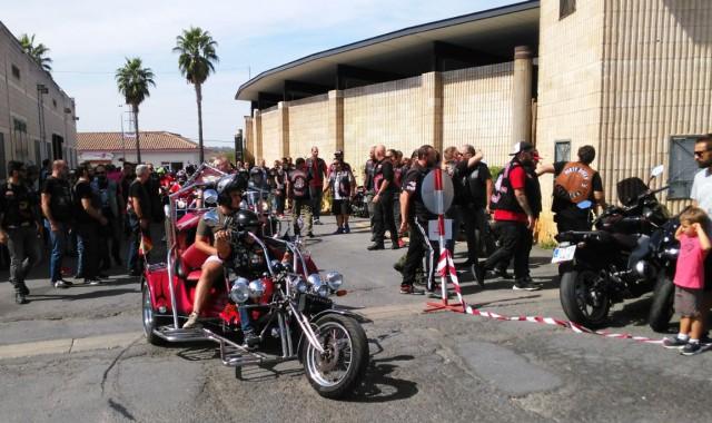 Una-de-las-motos-que-llegaron-al-recinto-donde-se-celebro-la-concentracion-640x380