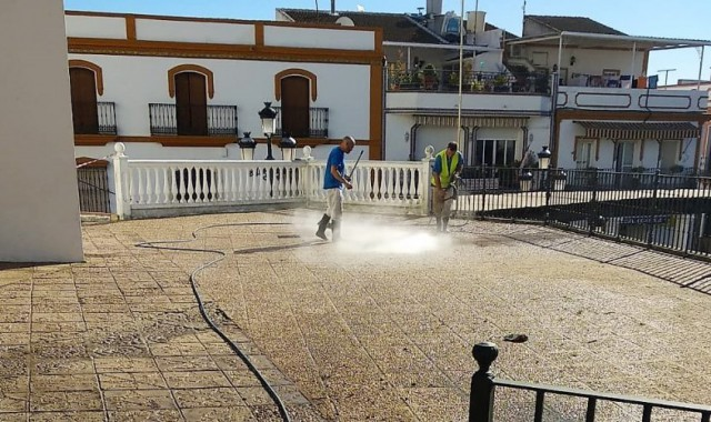 limpieza-plaza-espana-3-1024x503